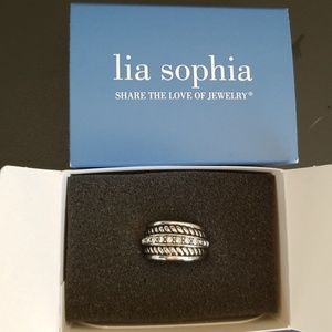 Lia Sophia Roped In Ring size 8 NWT